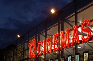 12-cinemas-712748-m